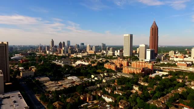 Wide-Antenne-Atlanta-Georgia-Rush-Hour-Verkehr-Innenstadt-Stadt-Skyline