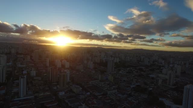 Sonnenuntergang-über-Sao-Paulo-Stadt