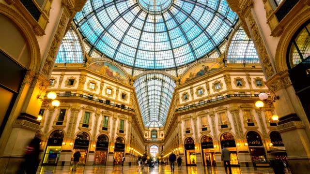 Lapso-de-tiempo-Galleria-Vittorio-Emanuele-II-en-Milán
