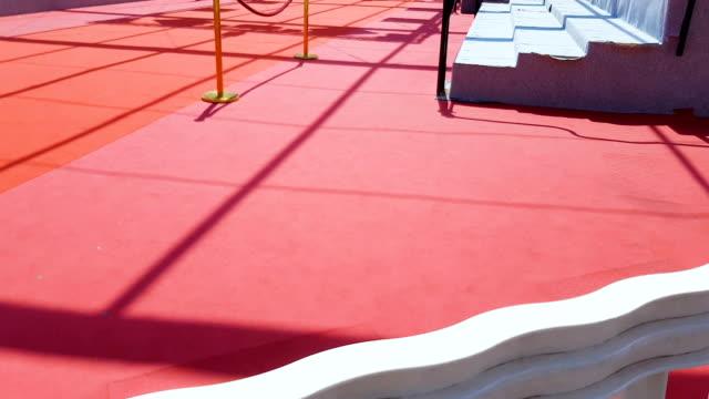 Alfombra-roja-en-las-escaleras-en-la-entrada-del-Palais-des-Festivals-et-des-Congres-Cannes