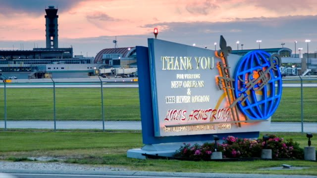 New-Orleans-Airport-Sign-Illuminated-in-Early-Evening