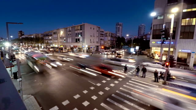Tel-Aviv-la-intersección-de-la-noche,-lapso-de-tiempo