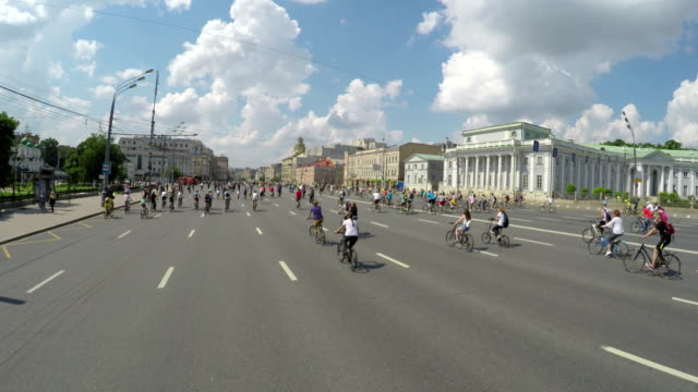 Concept-bike-and-a-healthy-lifestyle-Bicycle-parade-in-Moscow-on-the-garden-ring-Aerial-view