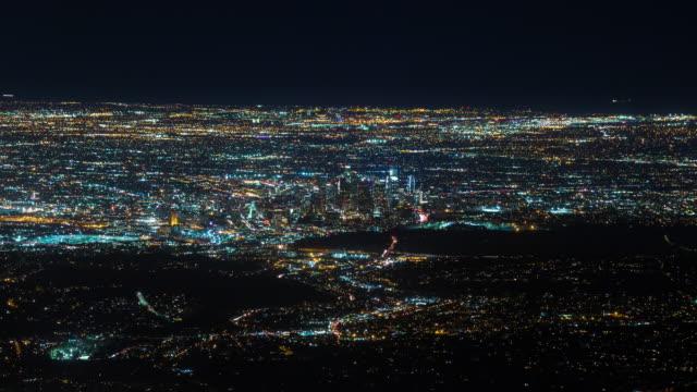 Centro-de-Los-Ángeles-de-Monte-Wilson-en-Timelapse-de-noche