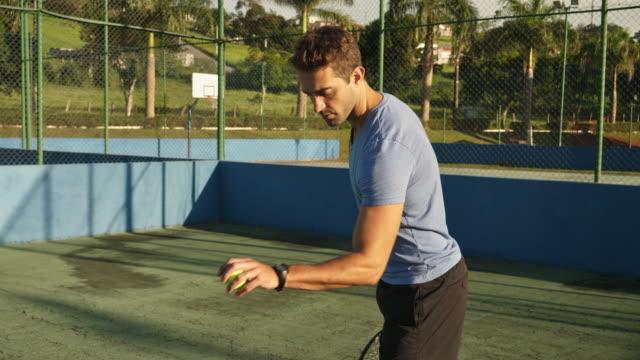 Deportista-jugando-tenis