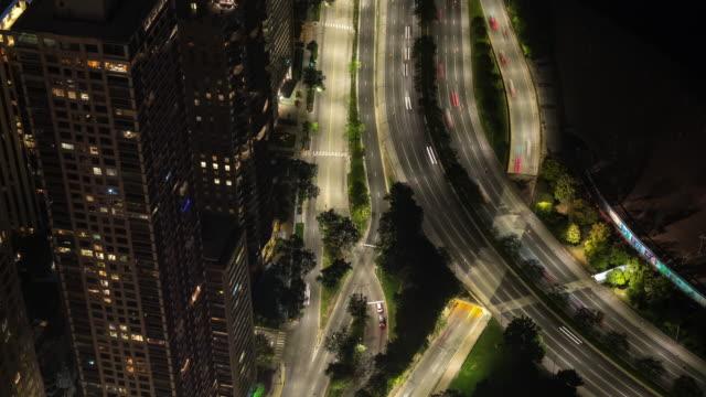 Chicago-antena-autopista-tráfico-Lake-Shore-Dr-en-Timelapse-de-noche