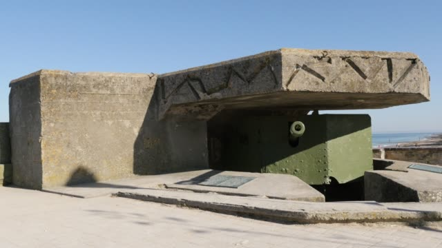 Ancient-German-WW2-canon-hidden-in-bunker-on-beaches-in-northern-France-Normandy