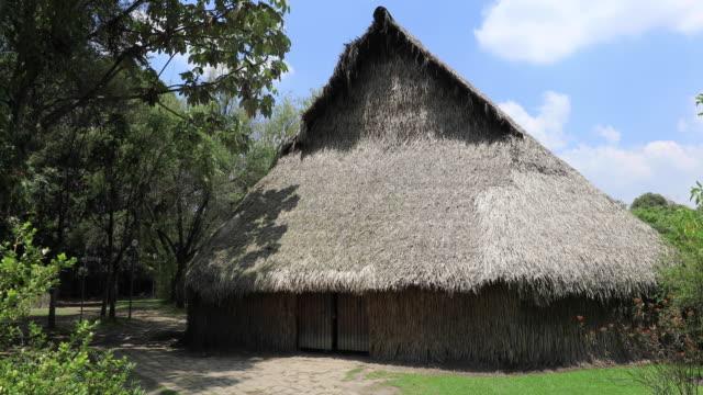 Bogotá-arquitectura-de-la-antigua-cabaña-rústica-de-paja-Colombia