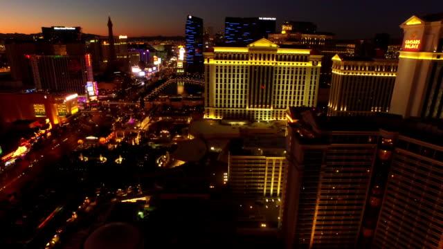 Vista-aérea-de-un-paisaje-de-la-ciudad-de-Las-Vegas-Strip-el-amanecer