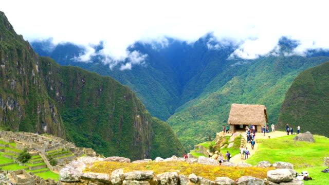 Vista-de-Machu-Picchu-y-la-montaña