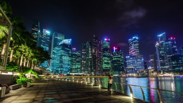 night-light-singapore-walking-bay-with-beautiful-view-4k-time-lapse