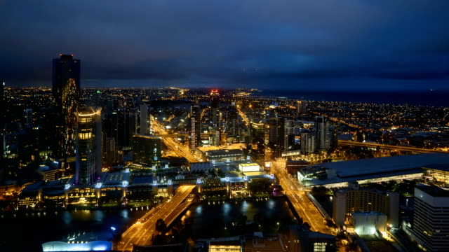 Time-lapse-of-Melbourne-city-skyline-during-sunrise-