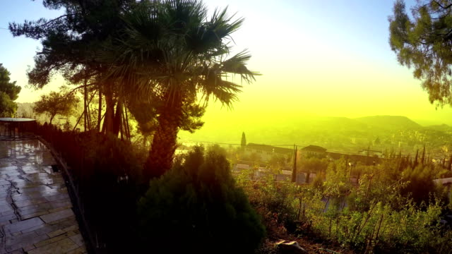 Vista-panorámica-del-atardecer-del-skyline-de-Nazaret-Israel