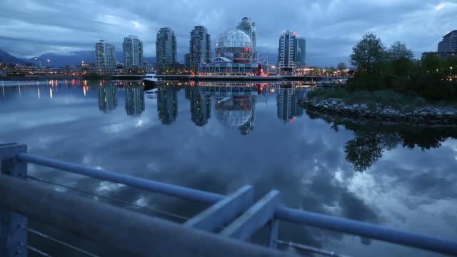 Falso-Creek-amanecer-Vancouver-dolly-shot