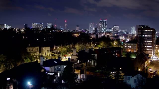 Birmingham-Inglaterra-ciudad-centro-horizonte-noche-vez-panorama-
