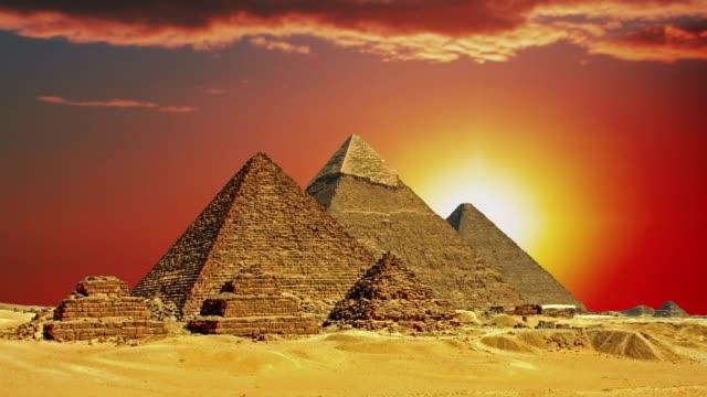 Ancient-Egyptian-pyramids-symbol-of-Egypt-