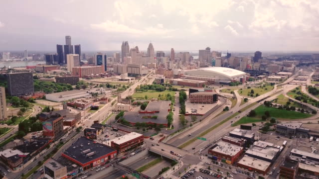 Aerial-Shot-of-Downtown-Detroit