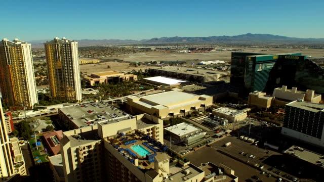 Aerial-Stadtansicht-Las-Vegas-Strip-entfernt