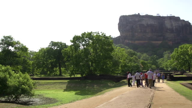 Sigiriya-temple-in-Sri-Lanka