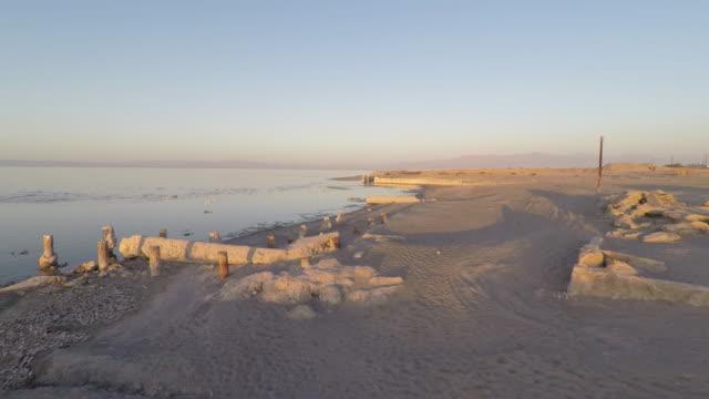 Aérea-de-la-playa-de-Bombay-del-mar-de-Salton