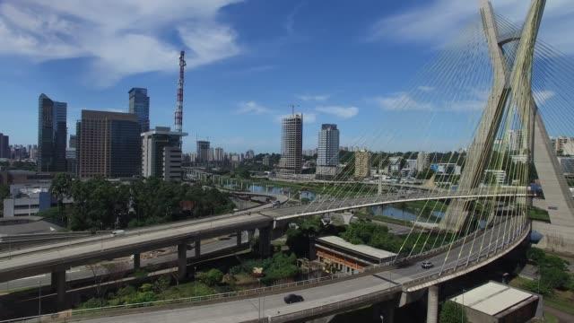 Estaiada-Brücke-in-Sao-Paulo-Brasilien