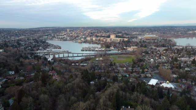 Seattle-WA-Aerial-Panning-Shot-View-of-Montlake-Cut-University-of-Washington-Campus