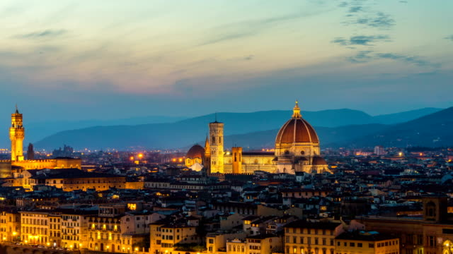 Lapso-de-tiempo-de-salida-del-sol-del-horizonte-de-Florencia-en-Italia