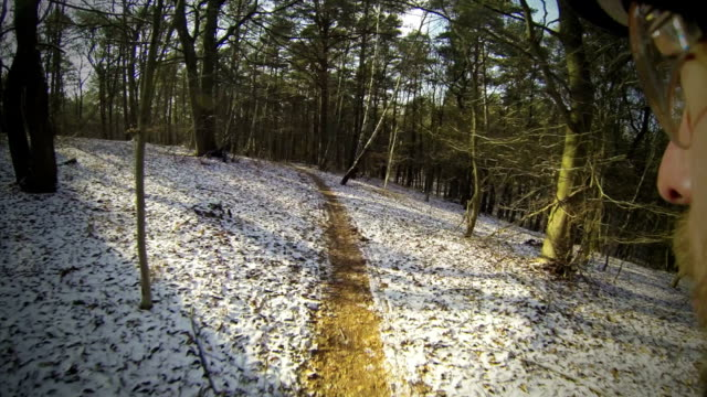 MTB-Downhill-in-winter-over-trails-3rd-part