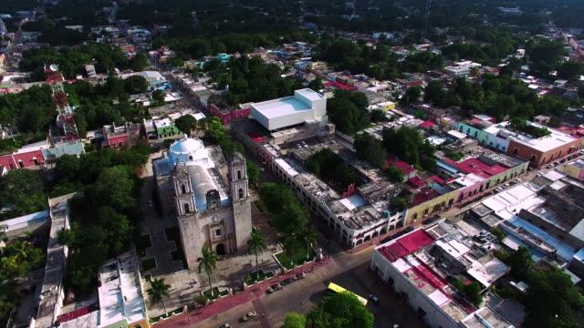 Imágenes-aéreas-de-Valladolid-Yucatán-iglesia