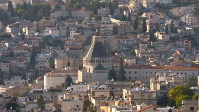 La-ciudad-de-Nazaret-con-la-Basílica-de-la-Anunciación
