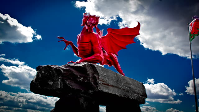World-war-one-places-of-remembrance-:-red-dragon-welsh-memorial