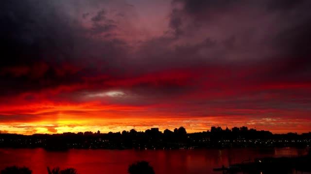 Victoria-City-Skyline-Sunrise-Time-Lapse