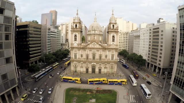 Iglesia-Vista-aérea-de-Candelaria-en-el-centro-de-la-ciudad-Rio-de-Janeiro-Brasil