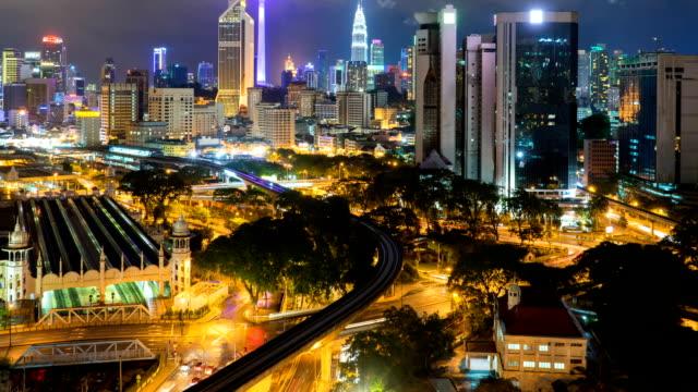 Vista-nocturna-de-la-ciudad-de-Kuala-Lumpur