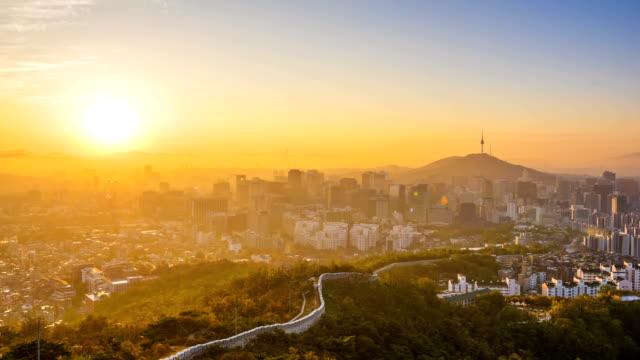 Time-Lapse-sunrise-of-Seoul-City-Skyline-South-Korea