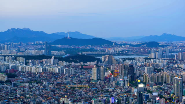 Seoul-City-from-Day-to-Night-Time-Lapse-of-Seoul-City-Skyline-South-Korea