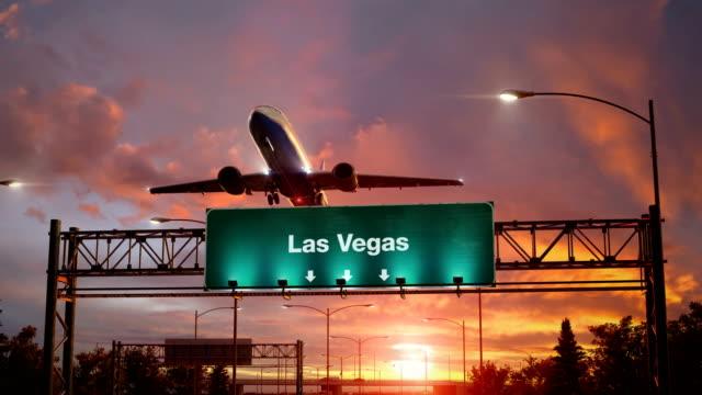 Flugzeug-abheben-Las-Vegas-bei-einem-wunderschönen-Sonnenaufgang