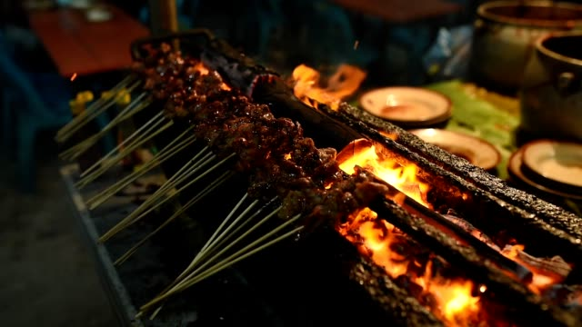 Sate-Matang-Aceh-Indonesian-grilled-meats-with-charcoal-at-street-food-market
