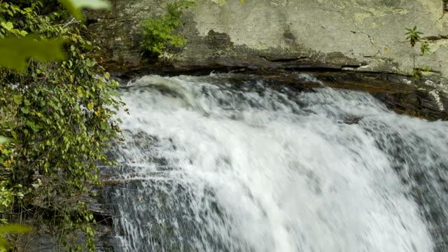 Superior-de-Cataratas-Looking-Glass-montañas-Blue-Ridge-Carolina-del-Norte