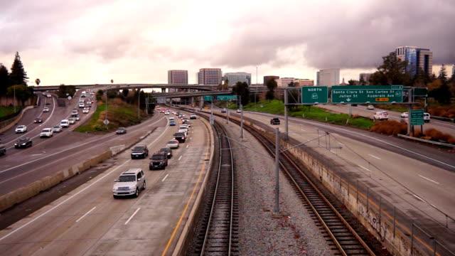 Autos-Autobahn-Rush-Stunde-öffentlichen-Verkehrsmittel-in-San-José-Kalifornien