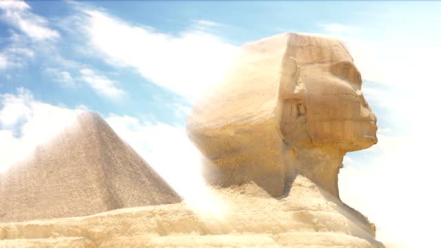Zeitraffer-Wolken-über-der-Pyramide-des-Cheops-und-Sphinx-Gizeh-Ägypten-