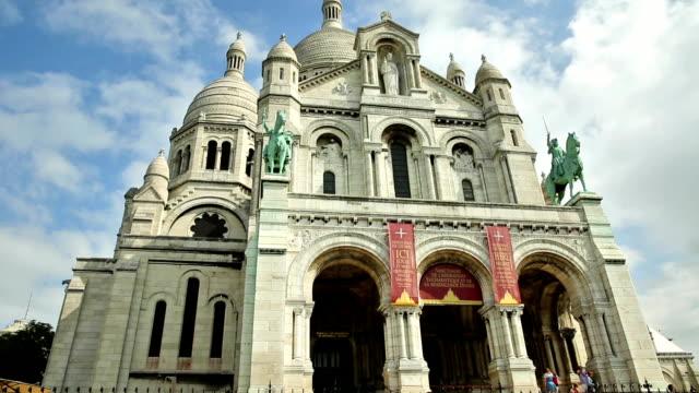 Sagrado-corazón-de-París