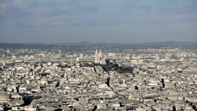 París-Francia-20-de-noviembre-de-2014:-Toma-aérea-de-introducción-del-Sacre-coeur-