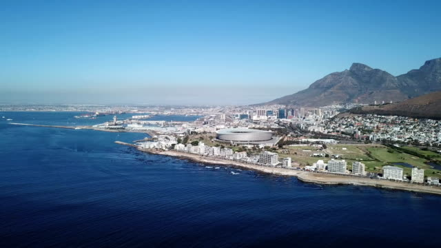 Cape-Town-and-Table-Mountain