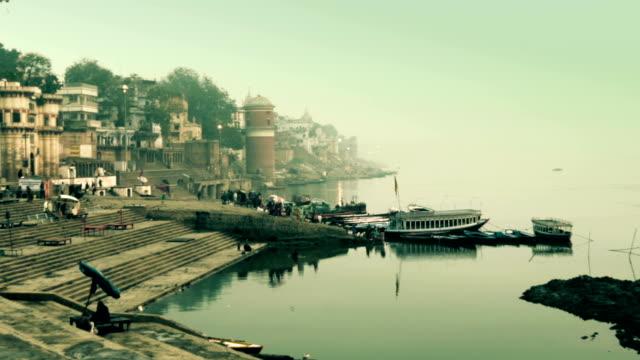 India-varanasí-paisaje-de-la-ciudad-y-del-río-ganges
