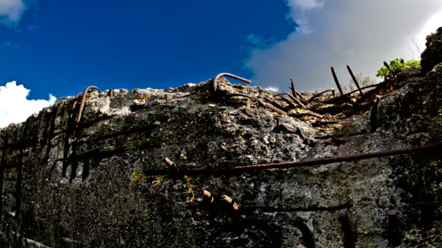 World-war-one-battlefields-:-remaining-bunker