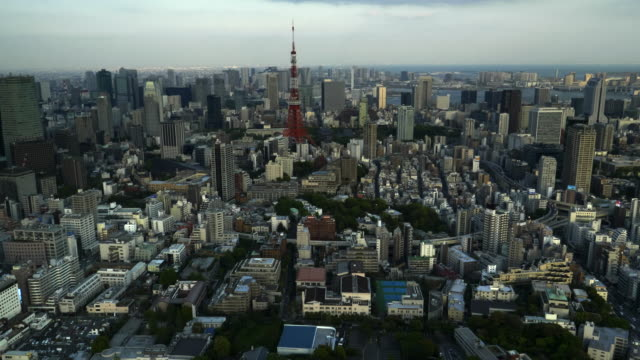 afternoon-zoom-in-shot-of-tokyo-tower-from-the-mori-tower-in-tokyo