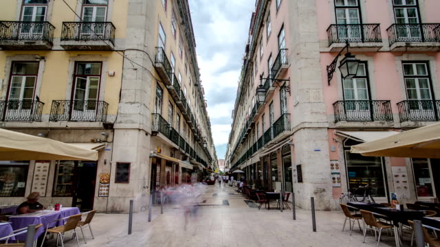 Augusta-street-s\-observaron-al-final-de-la-conexión-de-los-más-famosos-de-Lisboa-street-Timelapse