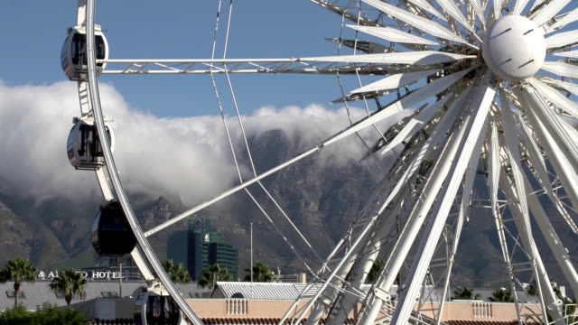 Giant-observation-wheel-at-Victoria-and-Alfred-Waterfront-Cape-Town