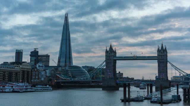 London-Tower-Bridge-Shard-time-lapse